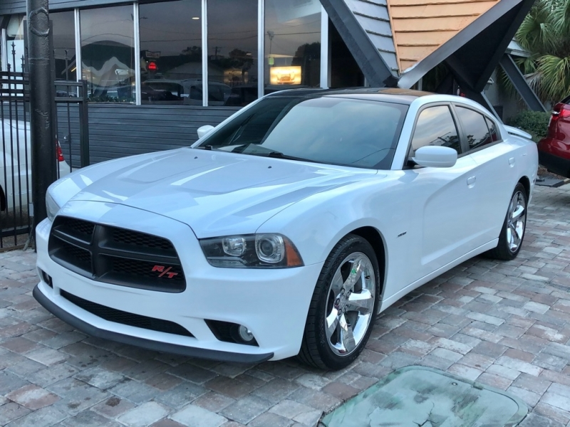 DODGE CHARGER 2013 price $16,990