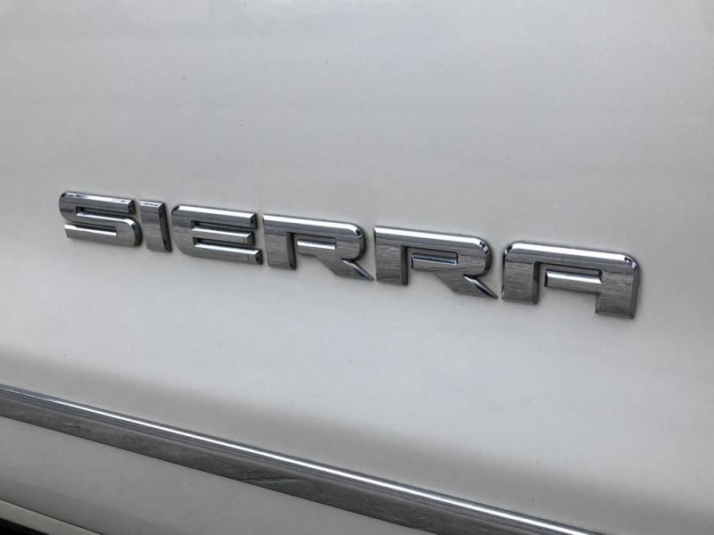 GMC SIERRA 2015 price $30,990