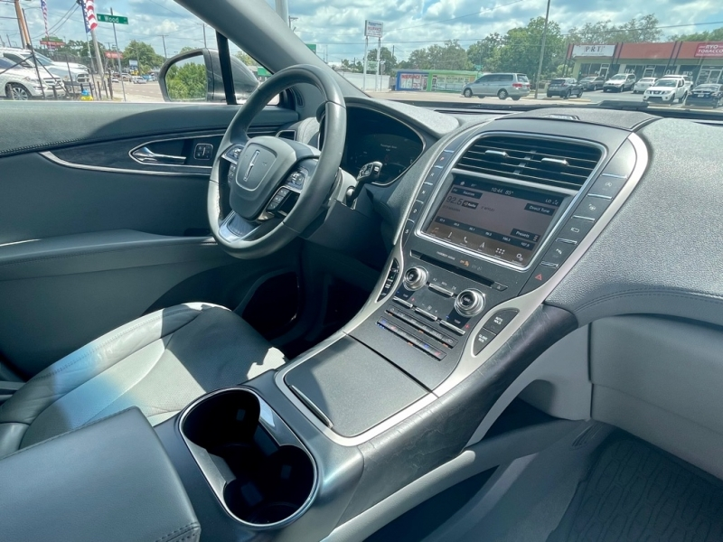 LINCOLN NAUTILUS 2019 price $40,990