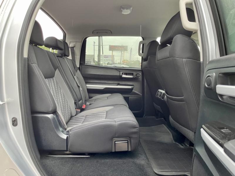 TOYOTA TUNDRA 2018 price $39,990
