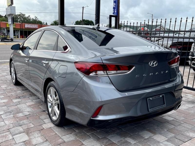 HYUNDAI SONATA 2018 price $17,990