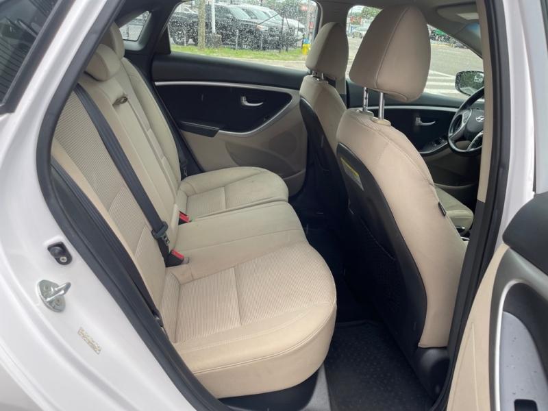 HYUNDAI ELANTRA GT 2013 price $9,990