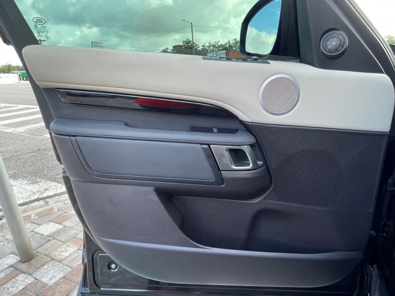 LAND ROVER DISCOVERY 2017 price $40,990