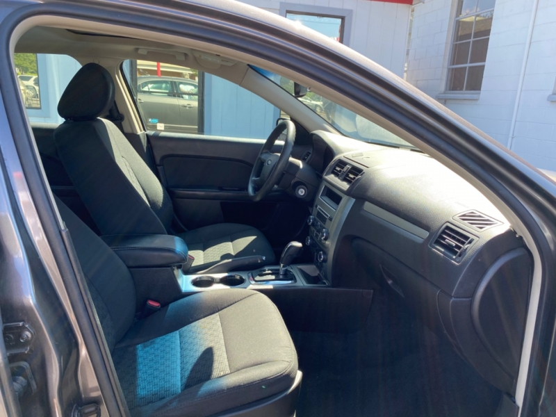 FORD FUSION 2011 price $6,950