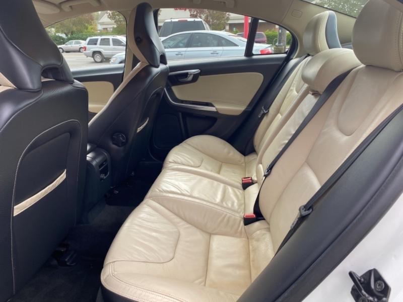 VOLVO S60 2013 price $7,950
