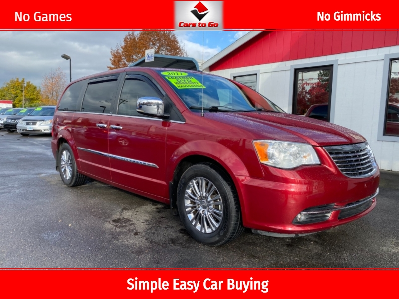 CHRYSLER TOWN & COUNTRY 2011 price $8,950