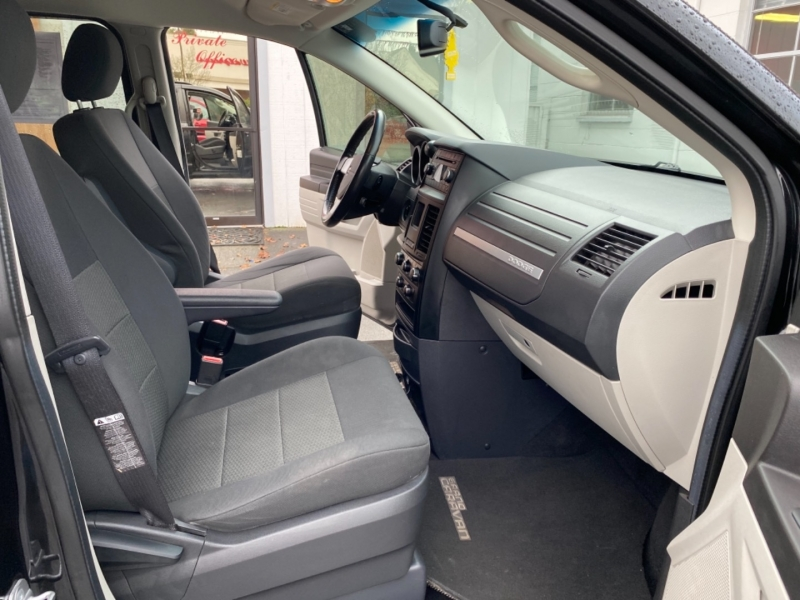 DODGE GRAND CARAVAN PASSENGER 2008 price $7,995