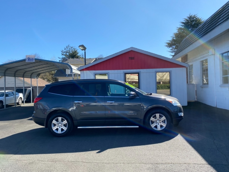 CHEVROLET TRAVERSE 2009 price $8,995