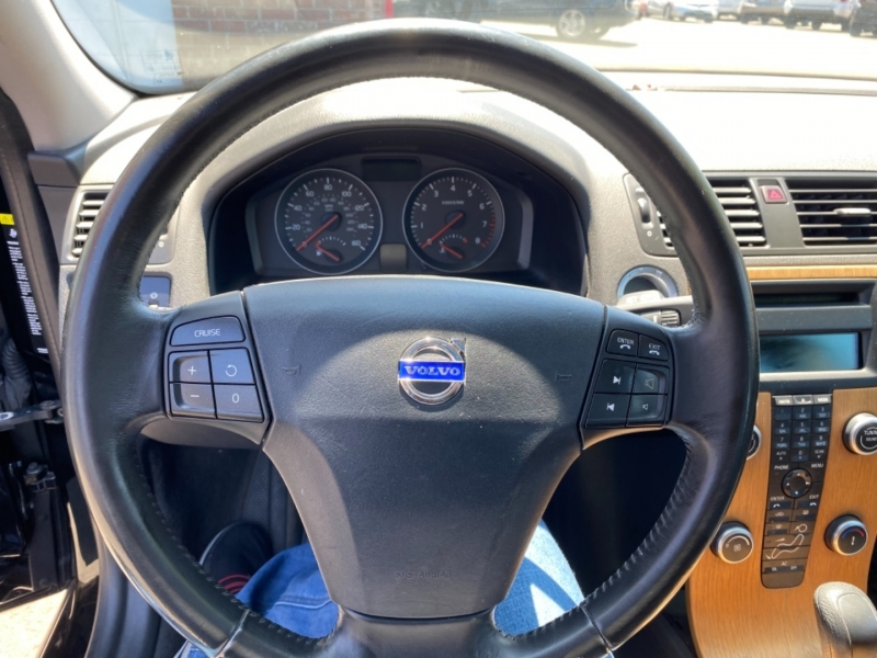 VOLVO V50 2009 price $11,995
