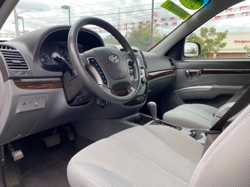 HYUNDAI SANTA FE 2012 price $9,995