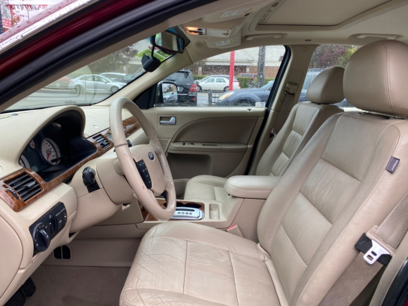 FORD FIVE HUNDRED 2005 price $7,995
