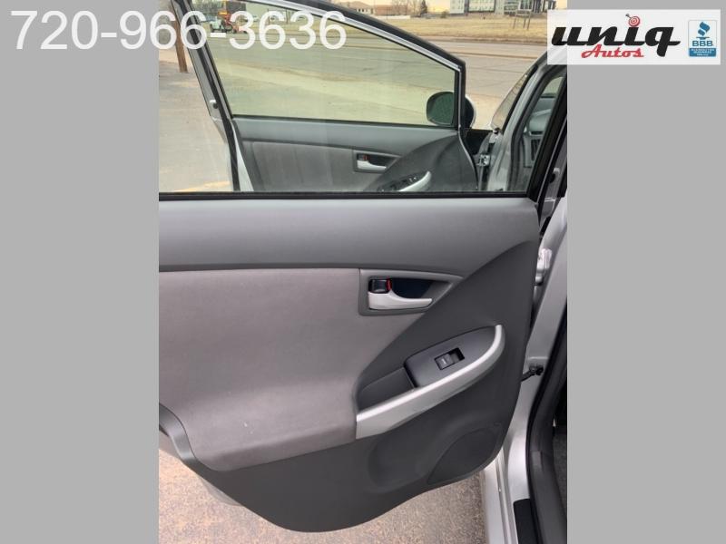Toyota Prius 2010 price $6,499