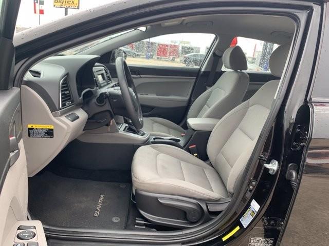 Hyundai Elantra 2017 price $2,000 Down