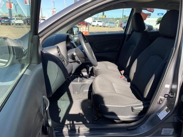 Nissan Versa Sedan 2018 price $1,600 Down