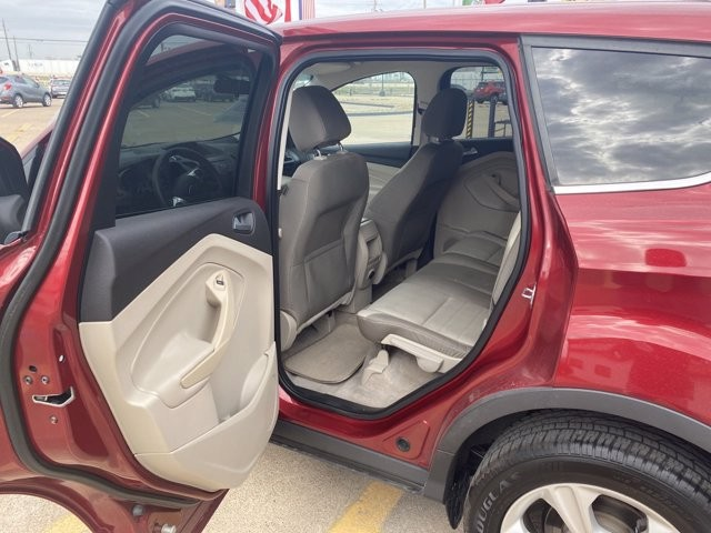 Ford Escape 2014 price $1,700 Down