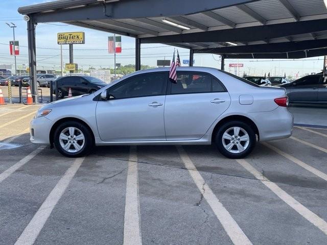 Toyota Corolla 2011 price $1,600 Down