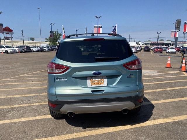 Ford Escape 2013 price $1,800 Down