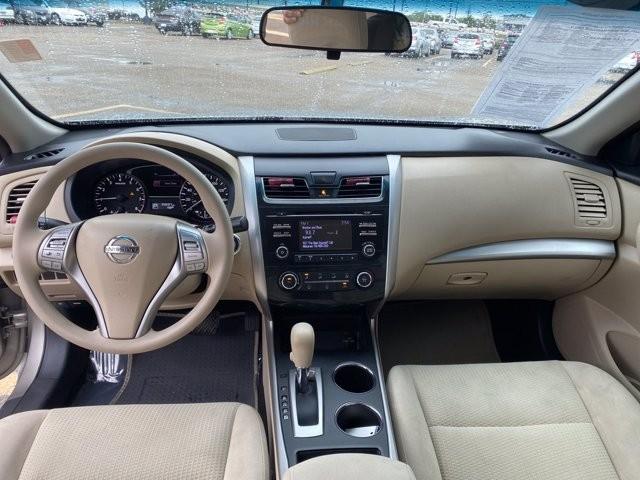 Nissan Altima 2015 price $1,900 Down