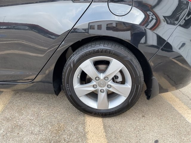 Hyundai Elantra 2013 price $1,500 Down