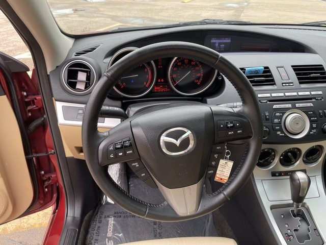 Mazda Mazda3 2011 price $1,500 Down