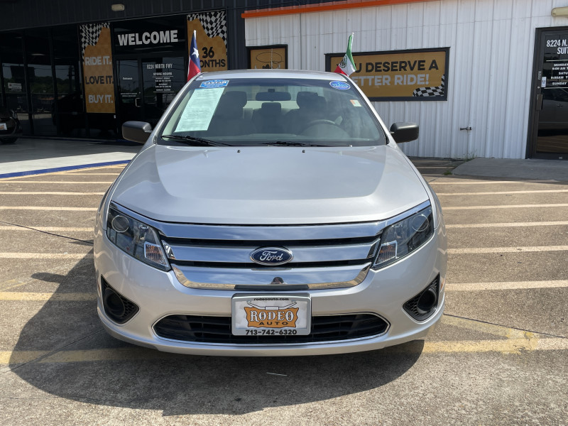 Ford Fusion 2011 price $1,600