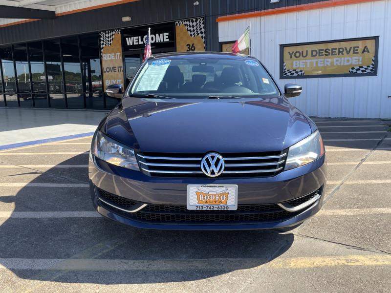Volkswagen Passat 2013 price $15,995