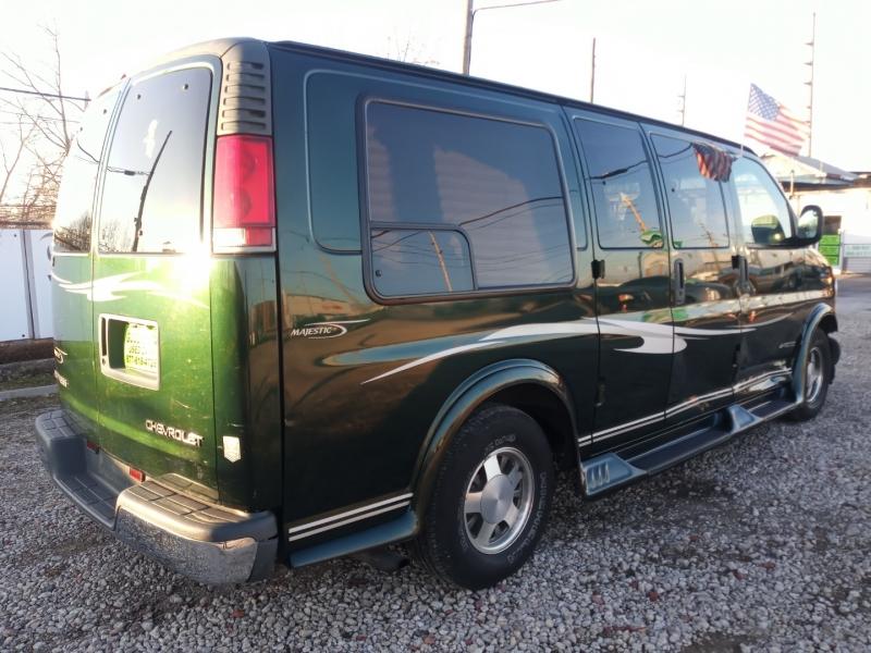 Chevrolet Express Van 2002 price $3,988