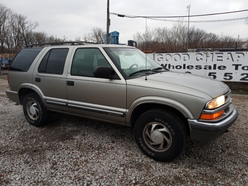 Chevrolet Blazer 2000 price $1,988