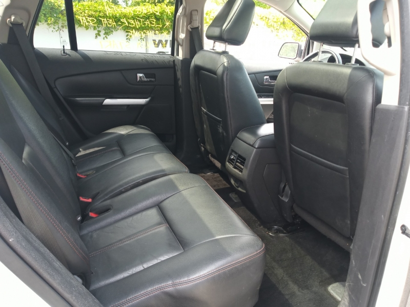 Ford Edge 2011 price $9,988
