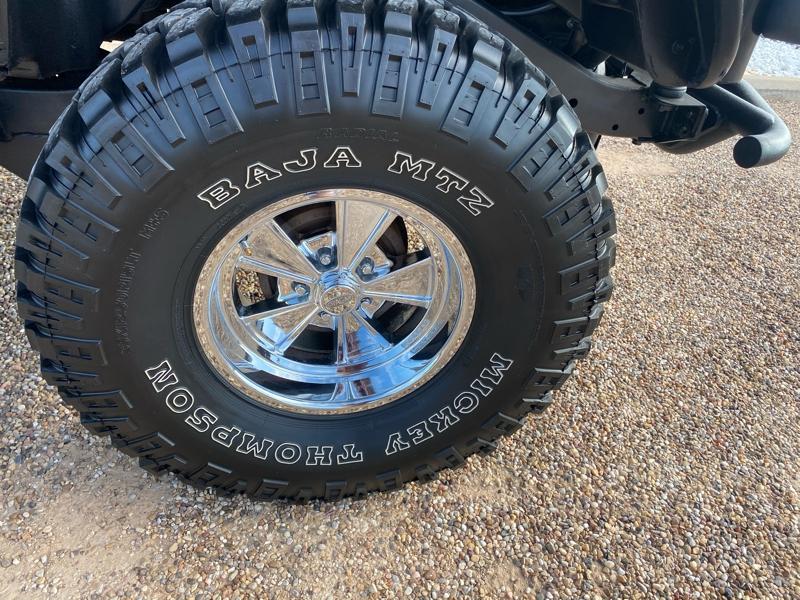 Jeep Wrangler 2001 price $24,500