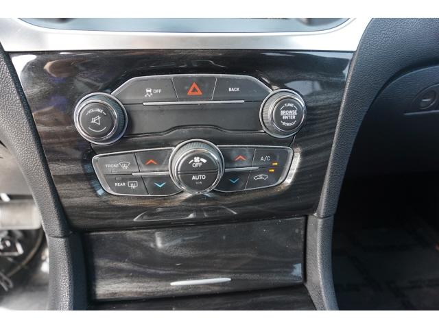 Chrysler 300 2016 price $13,500