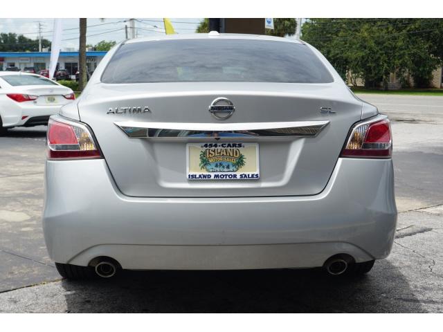 Nissan Altima 2015 price $10,775