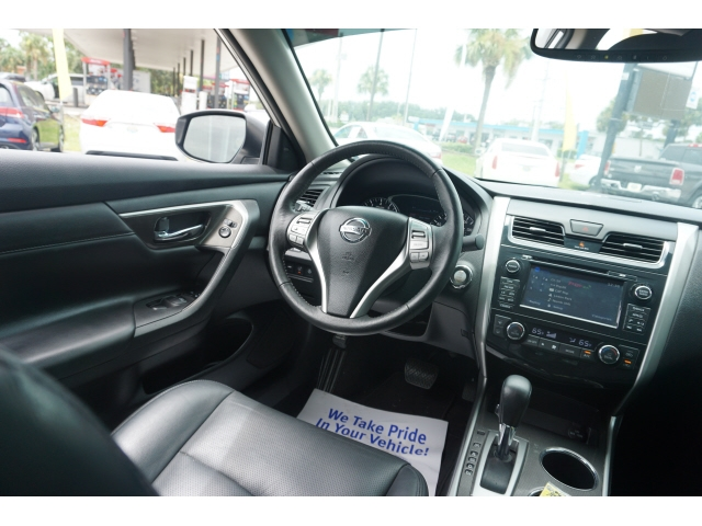 Nissan Altima 2015 price $10,775