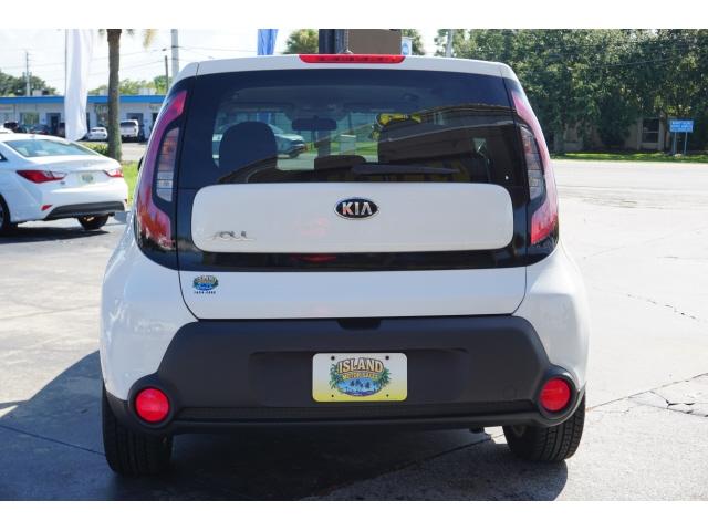 Kia Soul 2016 price $8,800