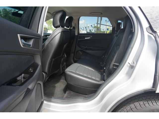 Ford Edge 2016 price $17,150