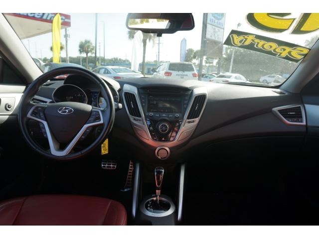 Hyundai Veloster 2015 price $11,842