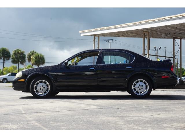 Nissan Maxima 2000 price $4,950