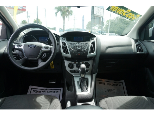 Ford Focus 2013 price $6,950