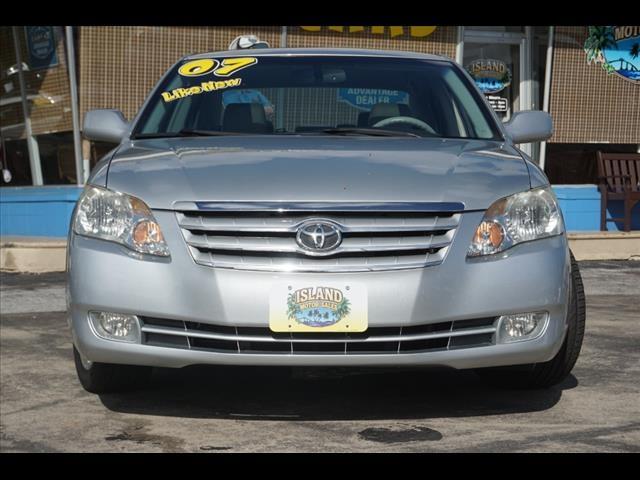 Toyota Avalon 2007 price $9,589