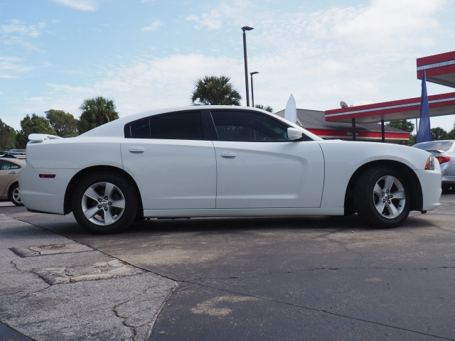 Dodge Charger 2013 price $15,660