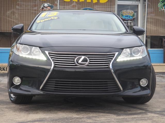 Lexus ES 350 2013 price $12,975