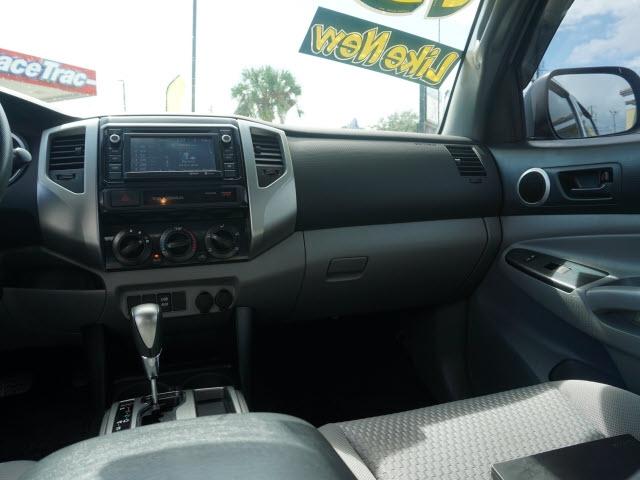 Toyota Tacoma 2015 price $23,959