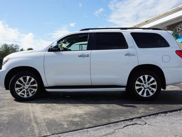 Toyota Sequoia 2015 price $27,582