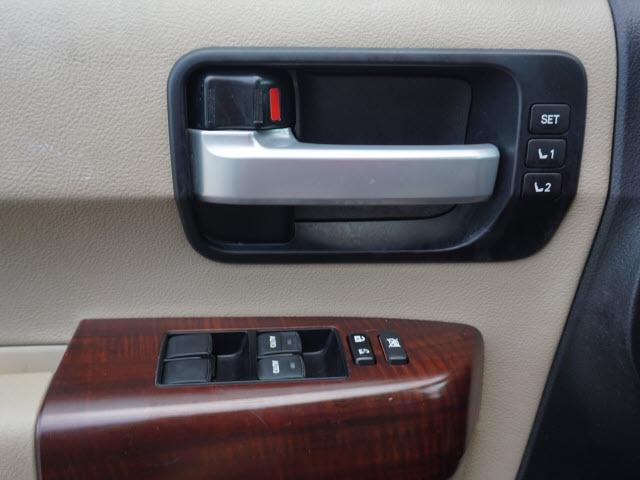 Toyota Sequoia 2014 price $25,882