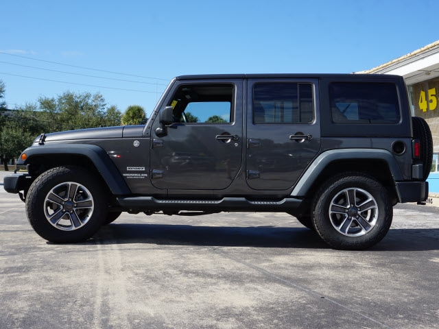 Jeep Wrangler Unlimited 2014 price $27,863