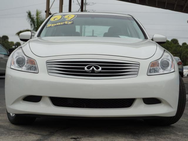 Infiniti G37 2009 price Call for Pricing
