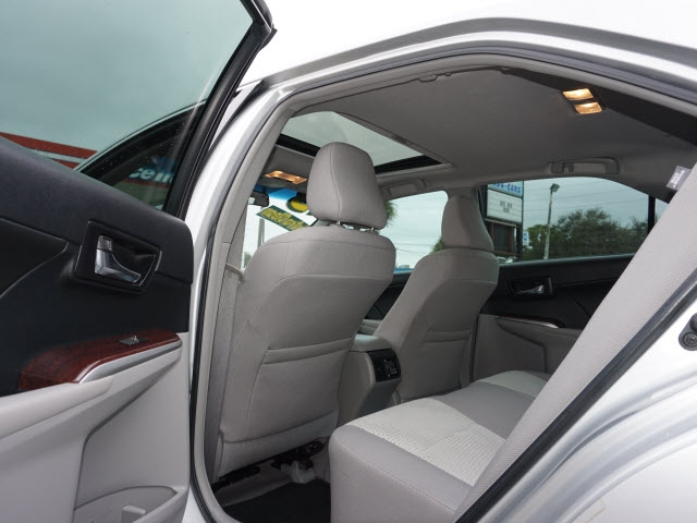 Toyota Camry 2013 price $13,389