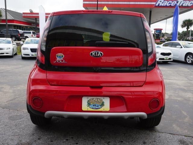 Kia Soul 2017 price $13,372