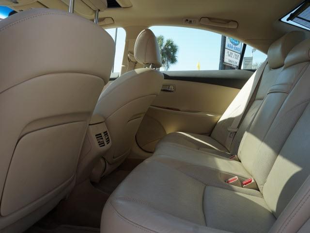 Lexus ES 2012 price $13,337