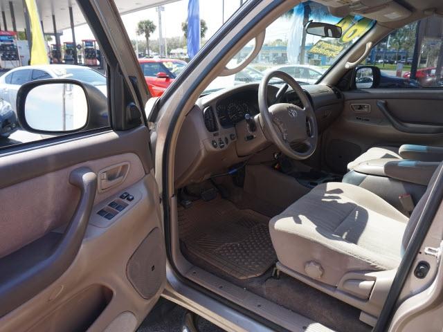 Toyota Tundra 2004 price $8,275